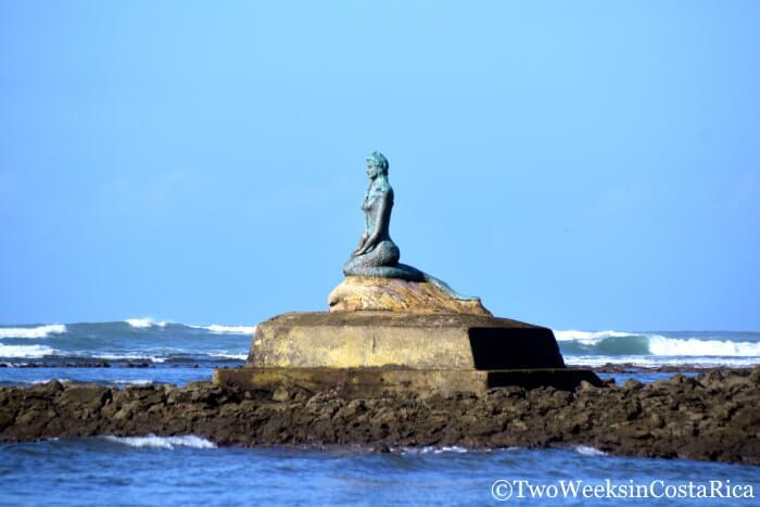 La Sirena, the Mermaid, at Esterillos Oeste