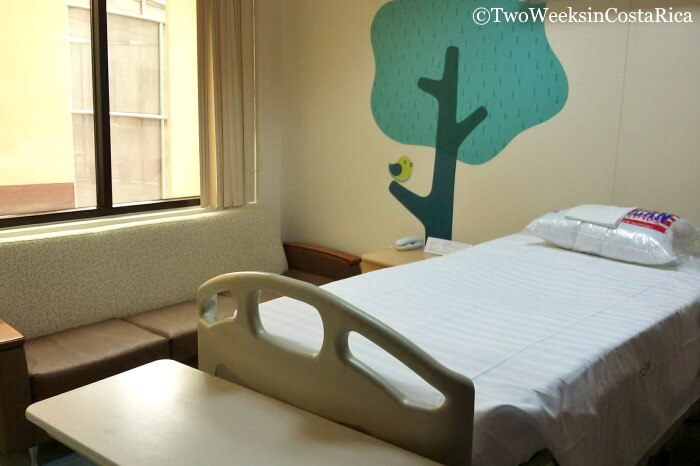 Private room in Maternity Ward Hospital CIMA
