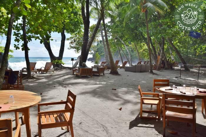 Restaurant on Beach Arenas del Mar