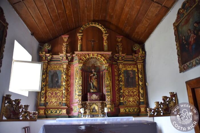 Alter Colonial Church of Orosi