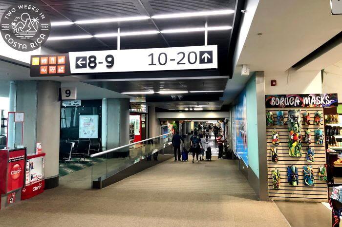 Departure gates SJO